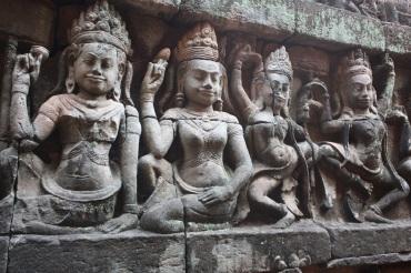 Carvings in Siem Reap